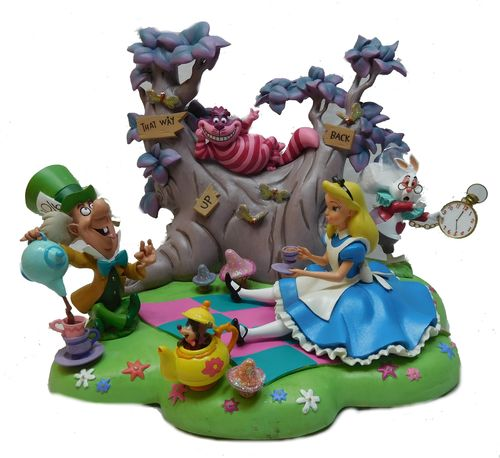 Disney Disneyland Paris Figur Set Alice Teetime Alice im Wunderland