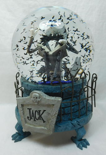 Disney Schneekugel Nightmare before Christmas Jack Skellington mit Musik