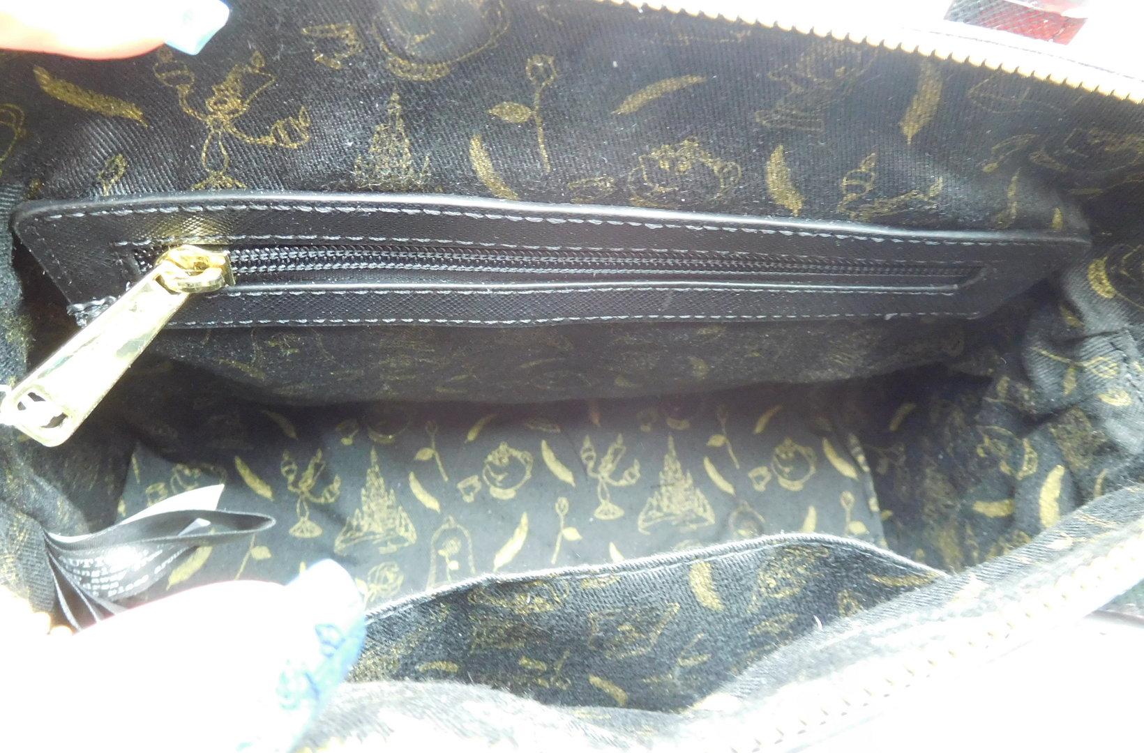 00a84f2446fbc ... Loungefly Disney Tasche   Die schöne und das Biest schwarz mit Belle ...