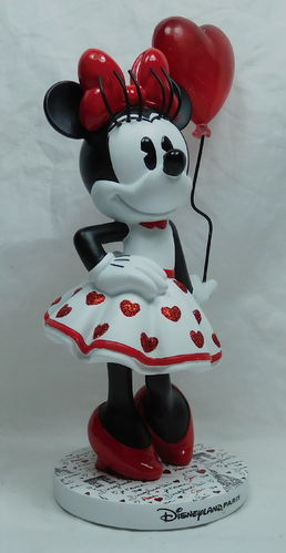 Disney Disneyland Paris Figur Minnie Mouse im Paris 2018 Look Je taime